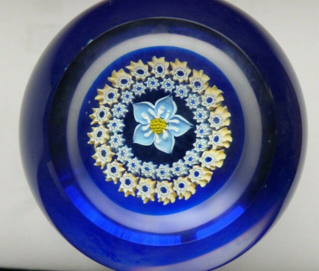 Caithness Glass U19101 Lace Forget Me Not Blue Dish