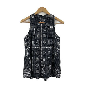 Cue-in-the-City-Womens-Top-Size-8-Sleeveless-Black-amp-White-Geometric-Pattern