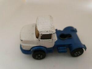 Corgi-Juniors-Mercedes-Benz-Tractor-Unit