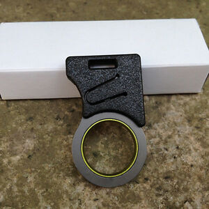 EDC-Pocket-Tool-Emergency-Cutting-Seat-Belt-Rope-Thread-Hook-Knife-Keyring-1PC