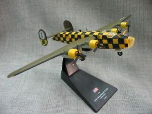 1-144-WWII-US-Air-Force-B-24D-Liberator-Bomber-Aircraft-3D-Alloy-Plastic-Model