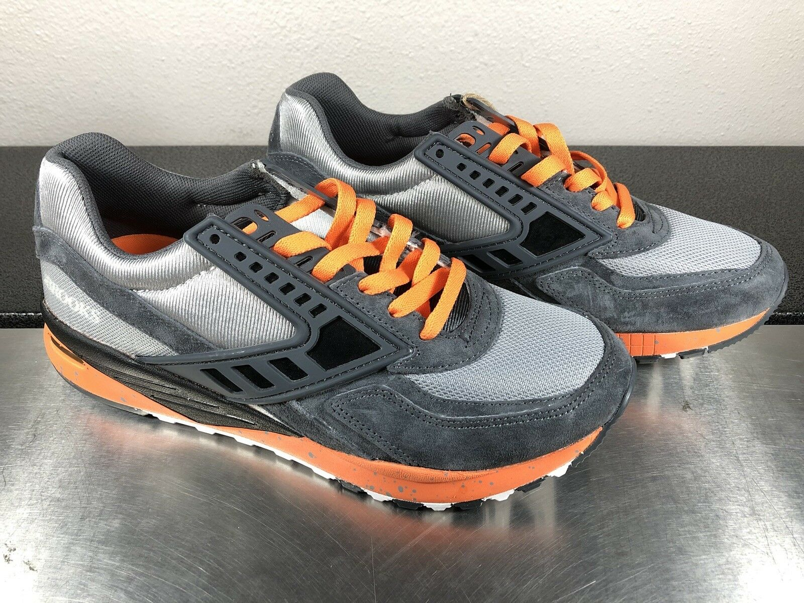 BROOKS Men's Regent Vintage Anthracite Dark gris naranja Running zapatos Talla 7.5