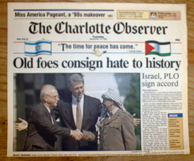 1993 newspaper ISRAEL & PLO sign OSLO PEACE ACCORDS Rabin & Arafat shake hands | eBay