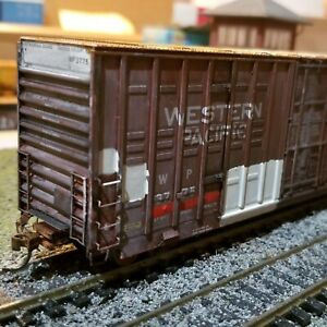 Athearn-HO-weathered-Western-Pacific-60-039-boxcar-patched-freight-car-Genesis