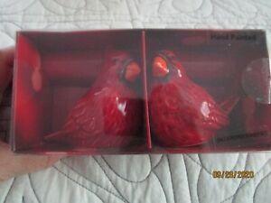 New-St-Nicolas-Square-Yuletide-Salt-amp-Pepper-Shaker-Set-Red-Cardinal-Birds
