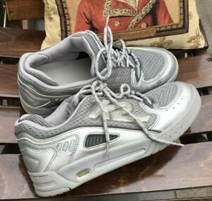 Sneaker Silber/grau Breite Füße Neuwertig K2 Damen Schuhe 41/41,5 steht Gr.42