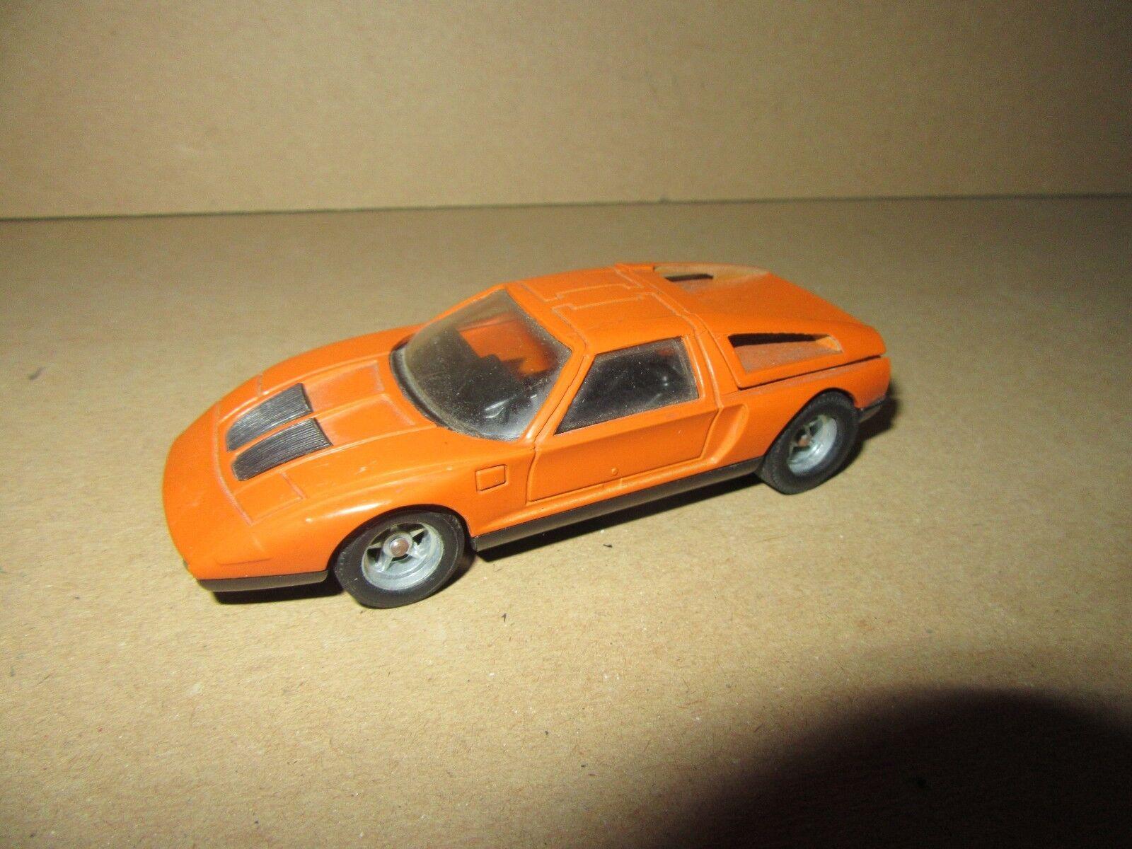 478H Solido 180 Mercedes C111 orange 1 43