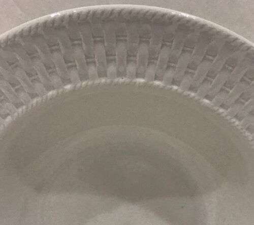 Oneida Wicker Set of 4 Soup//Pasta Bowls Stoneware