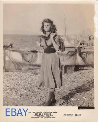 "BT186 8X10 PUBLICITY PHOTO SOPHIA LOREN IN THE FILM /""BOY ON A DOLPHIN/"""