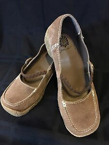 2876bc413e1 Yellow Box Suede Leather Women s Tan Gerusha Size 6 Brown Mary Jane ...