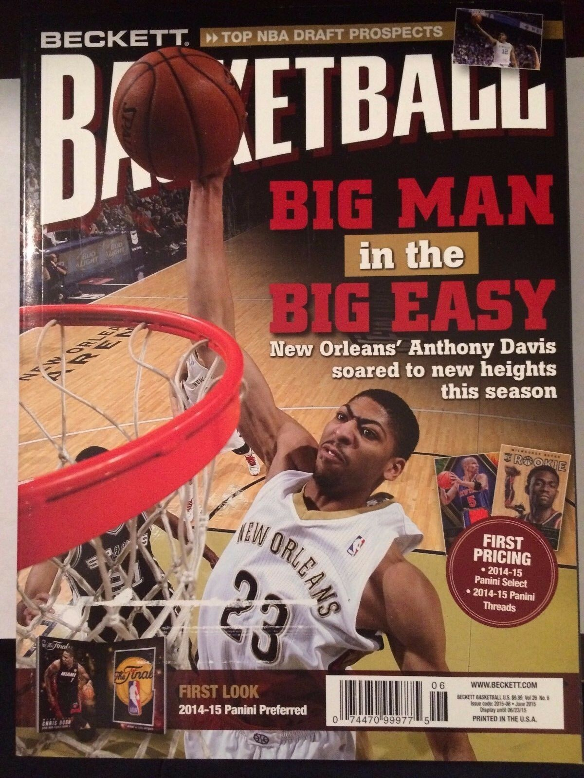 OCTOBER 2019 Basketball Beckett  VOL 30 NO 10 STEPH CURRY ON COVER SHIPS IN BOX