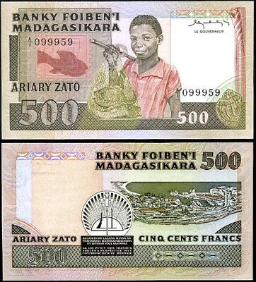 MADAGASCAR 500 FRANCS = 100 ARIARY 1983-87 P 67a AU-UNC