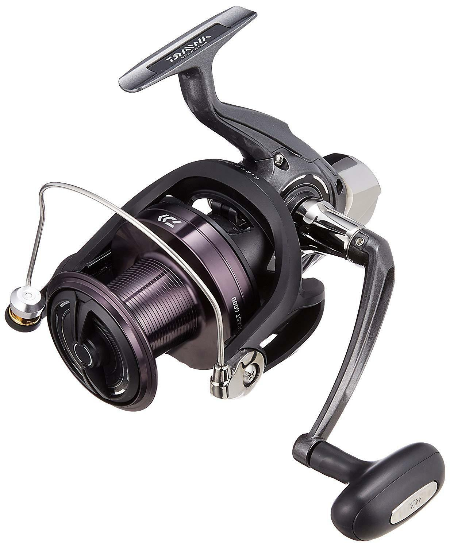 Daiwa Spinning Cocheretes de pesca 17 Crosscast 6000 de Japón marca nuevo en caja