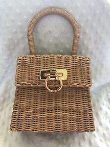 Salvatore Ferragamo Gancini Straw Hand Tote Bag Brown Vintage DO-216176. New