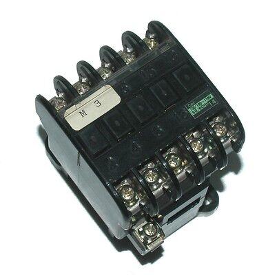 PZ0 Fuji SRCA3631-05-4A1B Coil 100V Magnetic Contactor