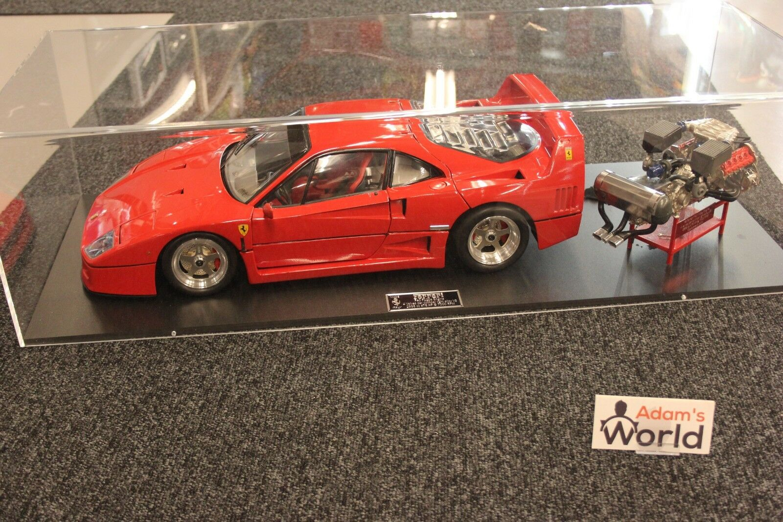 Pocher Professional built kit Ferrari F40 1 8 rojo + engine