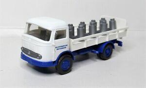 Wiking-1-87-mercedes-benz-LP-321-bebidas-catre-leche-reciclado-Breitenbrunn