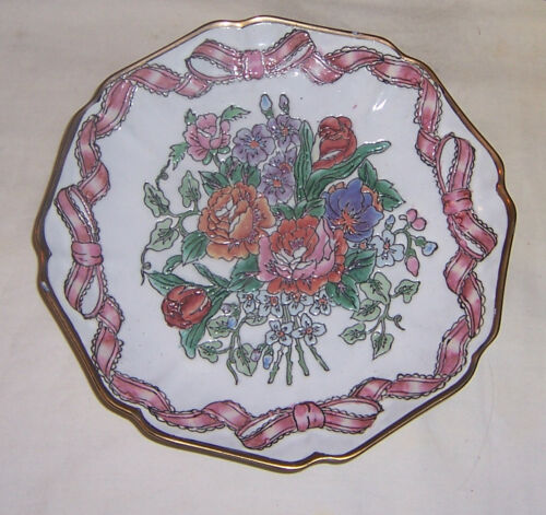 INLAID HANDPAINTED FLOWER PLATE WITH PINK BOWS AND GOLD SCALLOPPED RIM