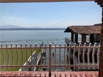 Casa Sola en Tequesquitengo, Jojutla, Morelos