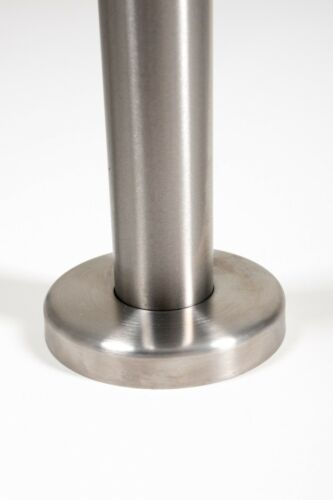 Quality Stainless Steel 42.4mm Satin Finish Balustrade Posts 980m High End Cap