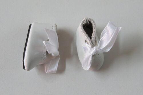 Chaussures Loulotte   35/17   Simili cuir  blanc  pour poupées anciennes