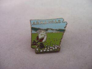ARKANSAS ~ Vintage Hat Lapel Pin Pinback ~