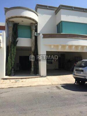 Casa en venta en Villa Andalucía