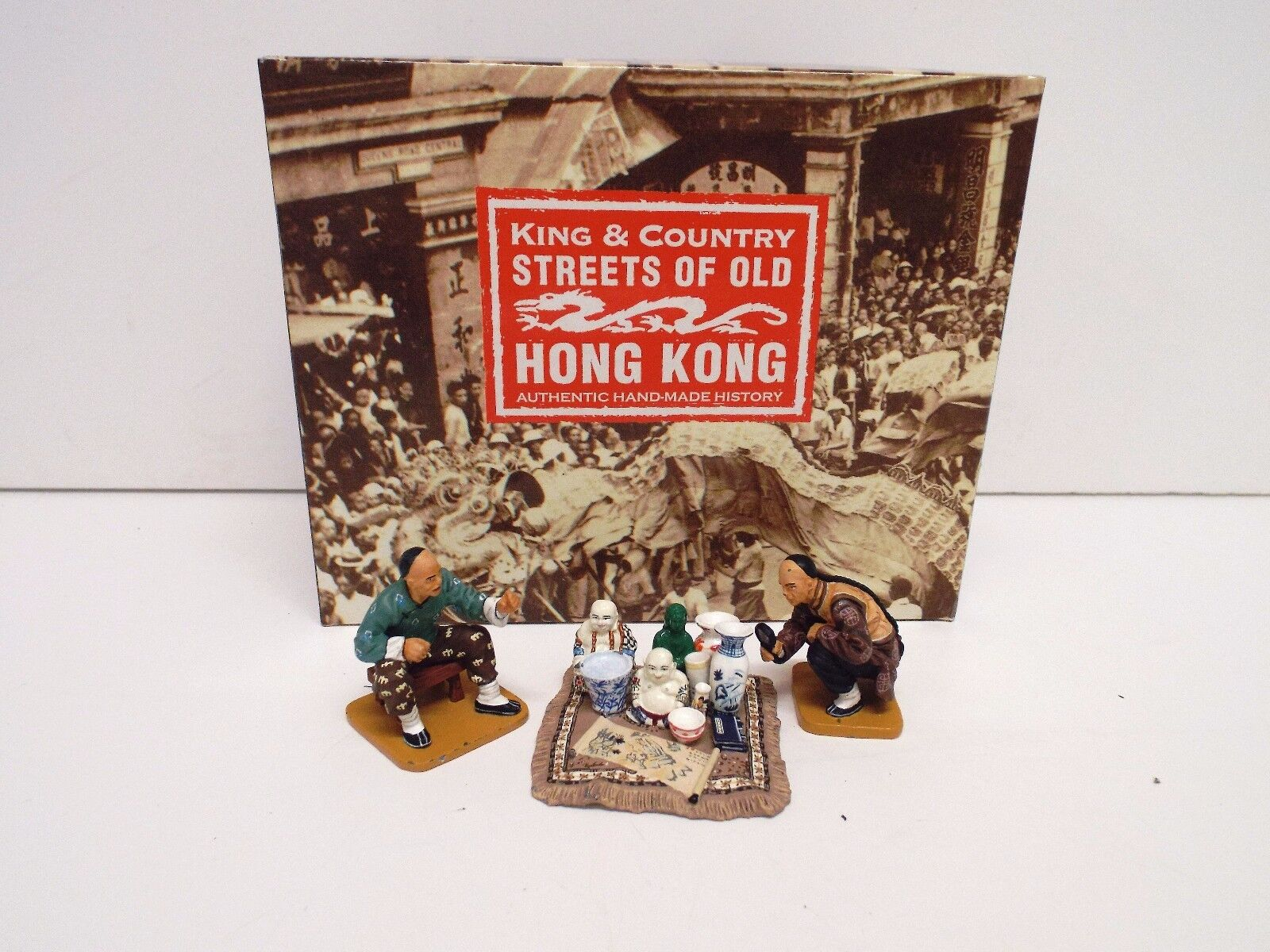 KING AND COUNTRY HK152M S.O.O.H.K CURIO SELLER SET RETIRED BOXED (BS2116)