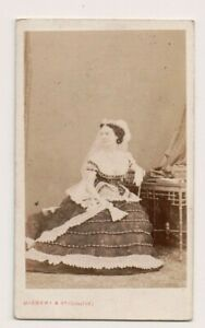 Vintage-CDV-Elizabeth-Wellesley-Duchess-of-Wellington-Disderi-Photo