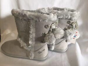 "WAS $40! NEW Girl/'s /""Frozen Pom Pom/"" size 11 silver glittery boots"
