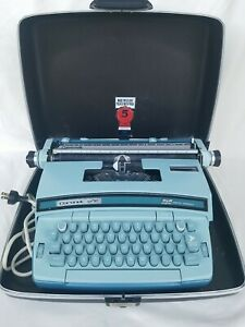 Vintage Smith-Corona Coronet Super 12 Robins Egg Blue Typewriter w/OEM Hard Case