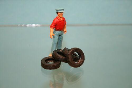 VO53 Lot de 4 pneus noirs striés creux 15//9 pour FORD GT 40 Dinky Toys 215