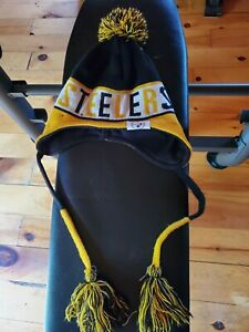 Pittsburgh Steelers NFL Adult One-size Pom Pom SKI Cap Used Excellent