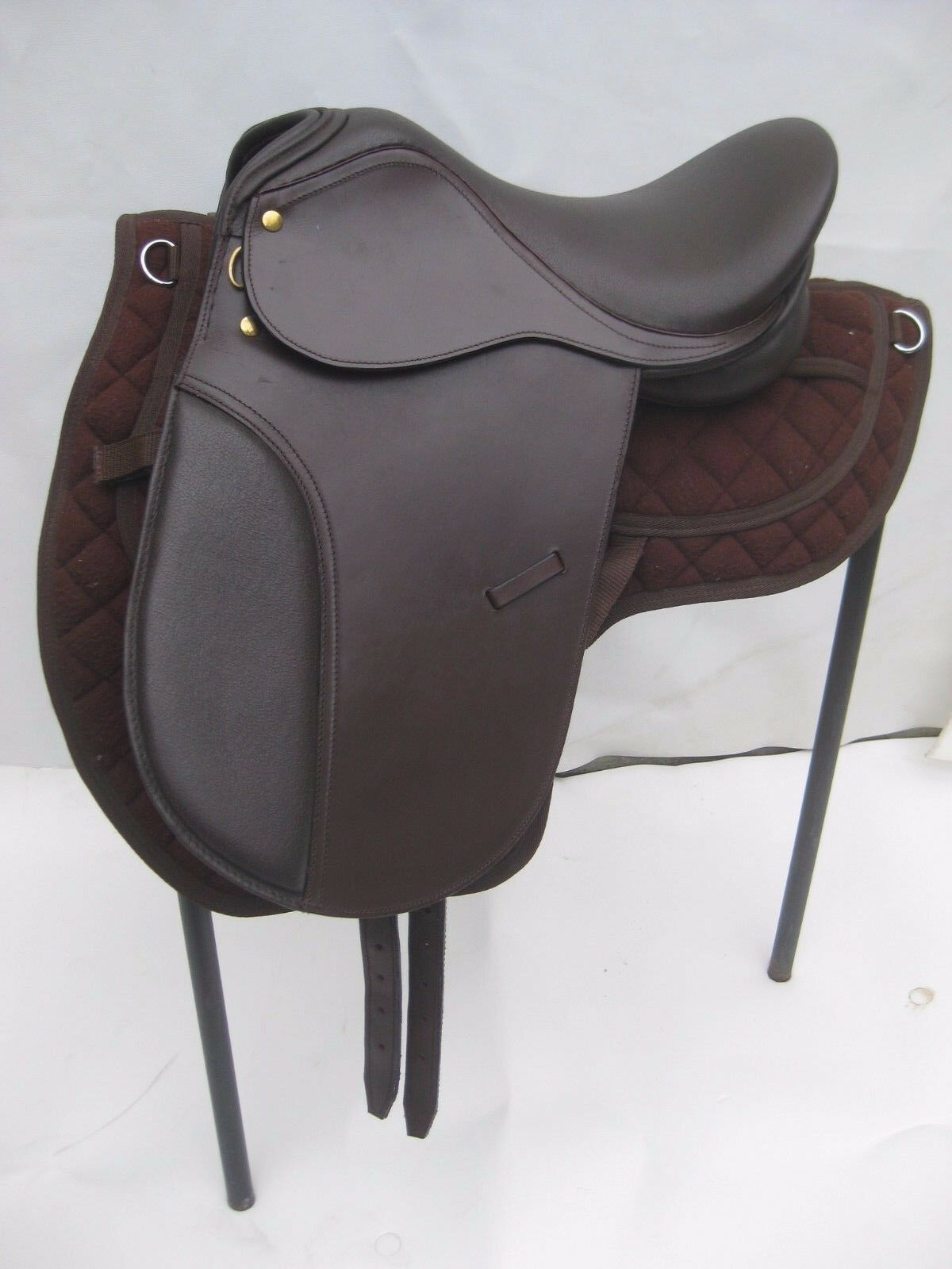New Beautiful brown Dressage Leather Saddle sizes 17