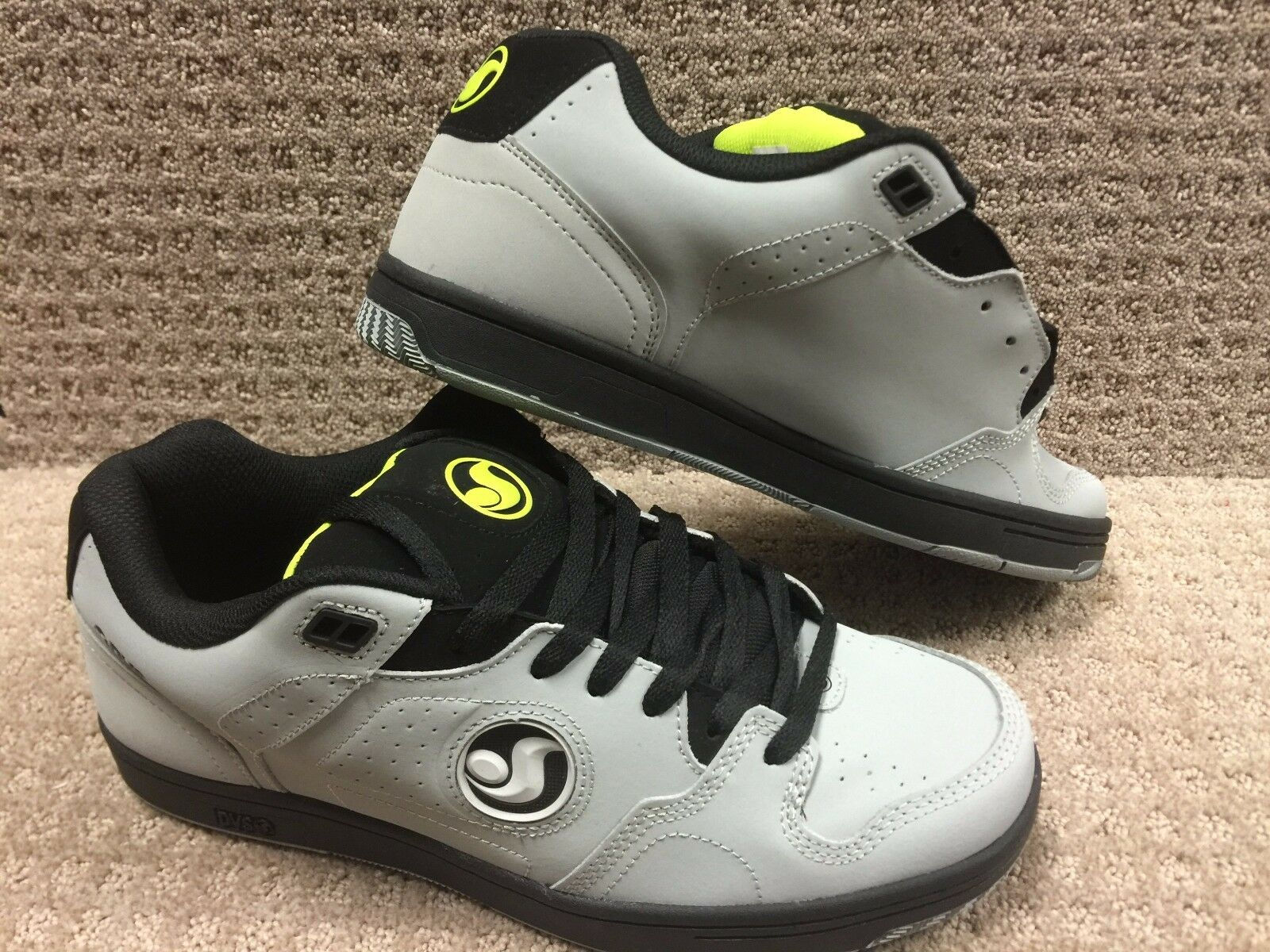 Dvs Hombre Zapatos  Discordia  Color gris   Lima  Nbk
