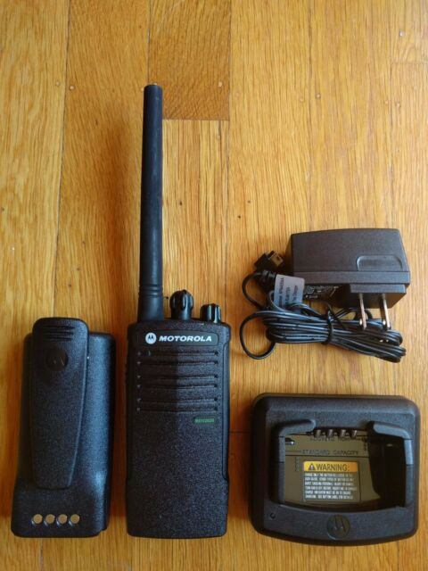 Motorola RDX RDV2020 VHF Business Two-way radio. 2 Watts / 2 channels