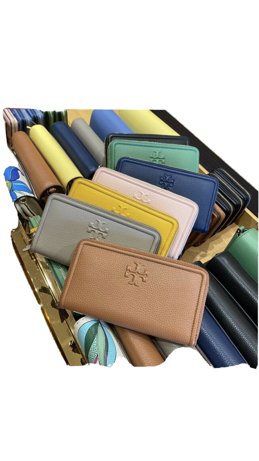 NWT Tory Burch Thea Classic Tan Continental Zip Wallet