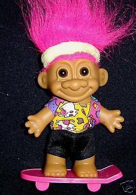 "NEW IN ORIGINAL WRAPPER 5/"" Russ Troll Doll CHRISTMAS SKATER"