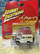 '80 Toyota BJ-40 Land Cruiser Johnny Lightning Classic Gold White HARD TO FIND