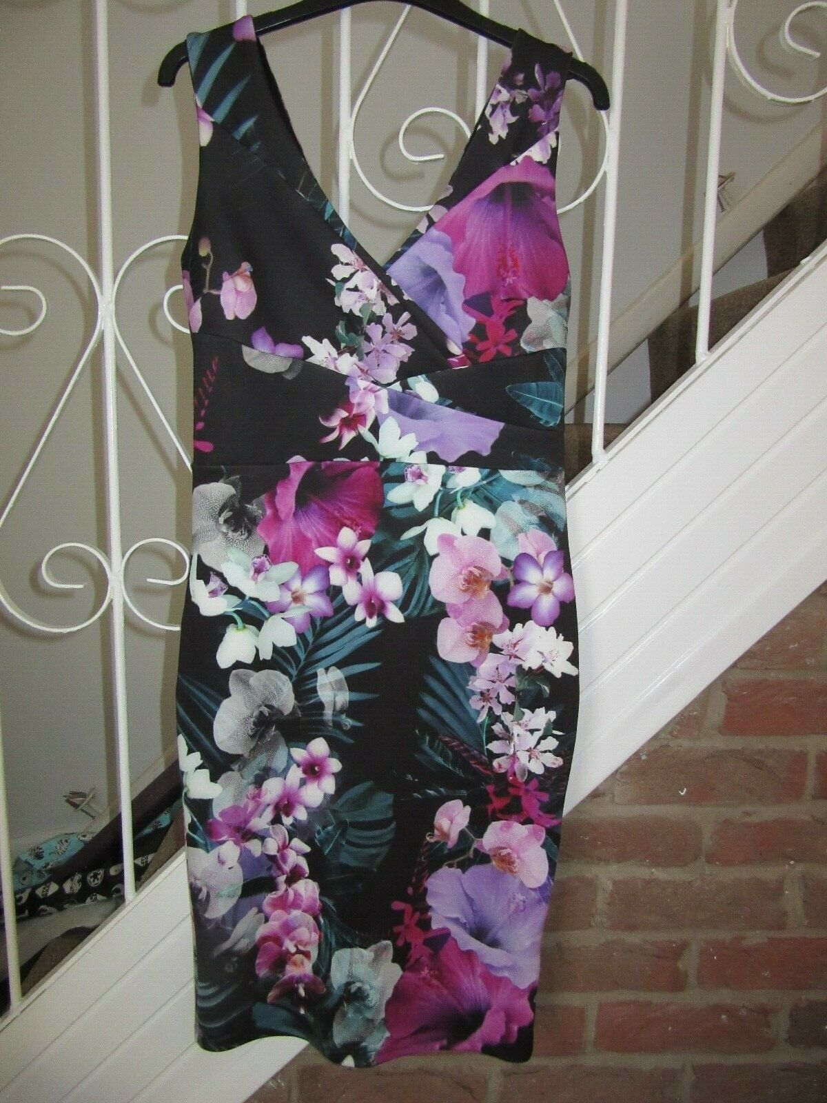 BNWT Lipsy Midi Dress Tropical Pleat Bodycon Floral Blak Multi Summer