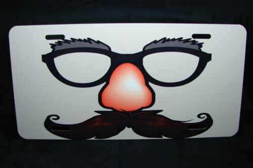 UNDERCOVER CAR NOVELTY METAL LICENSE PLATE  FUZZY NOSE MUSTACHE Groucho Glasses