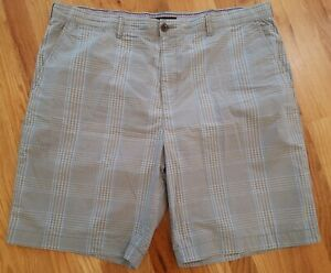 Tommy-Hilfiger-Shorts-Classic-Fit-Stripes-Casual-Size-42-Mens-Grey-Blue-White