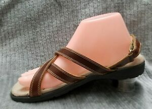 NEW-Eastland-Brown-Tan-LEATHER-Strappy-Slingbacks-WEDGE-Sandals-Sz-8-s