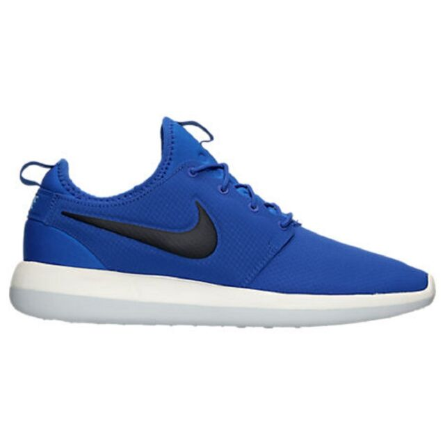 official photos c9c2a 82e01 Nike NEW Mens Roshe Two SE Fashion Casual Shoes 859543-400 size 10.5 100