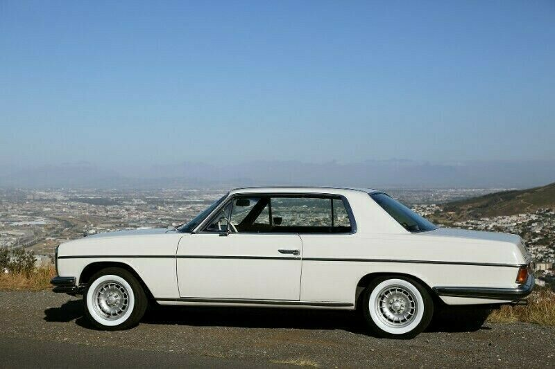 Mercedes-Benz 250 CE W114 Coupe 1975 Model  - White - Left Hand Drive with Sunroof. Manuel
