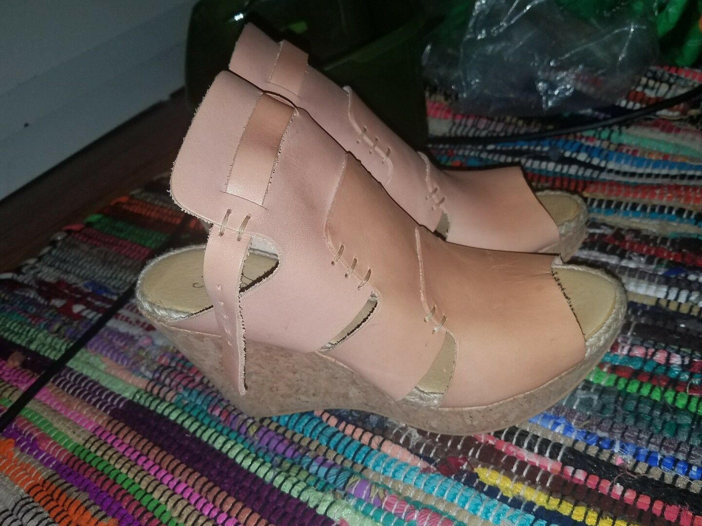 BRAND NEW Free People Vachetta pink Wedge Leather Sandals Size 41