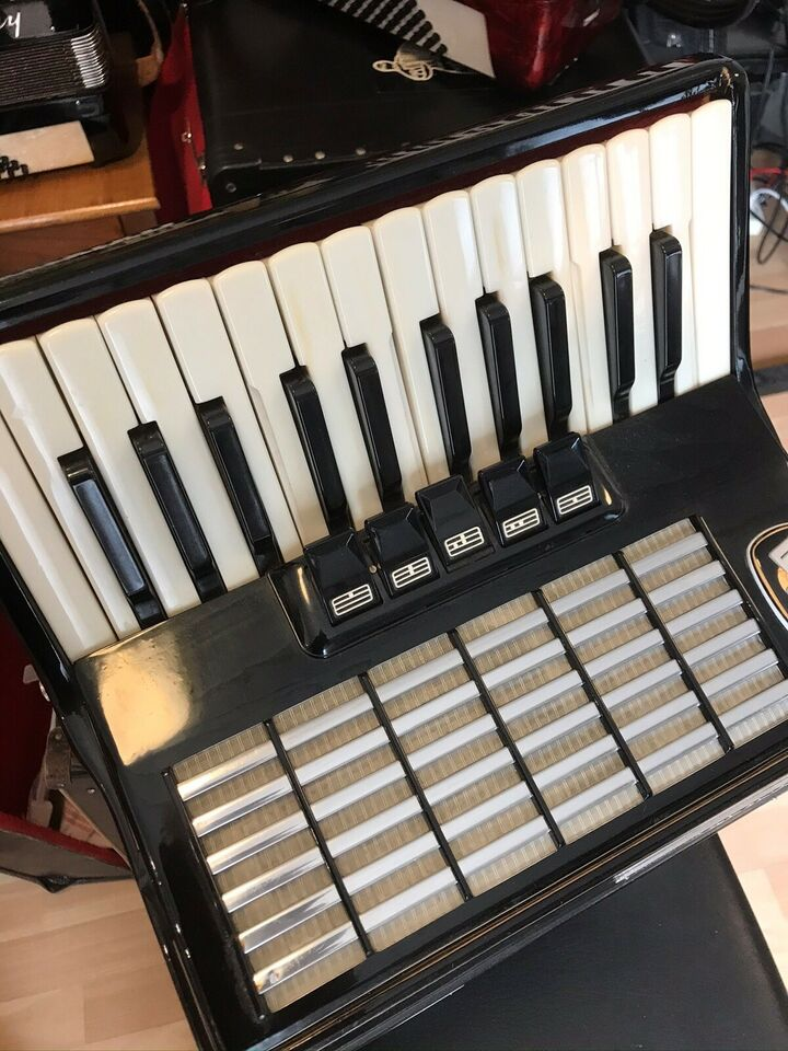 Tangentharmonika, Weltmeister