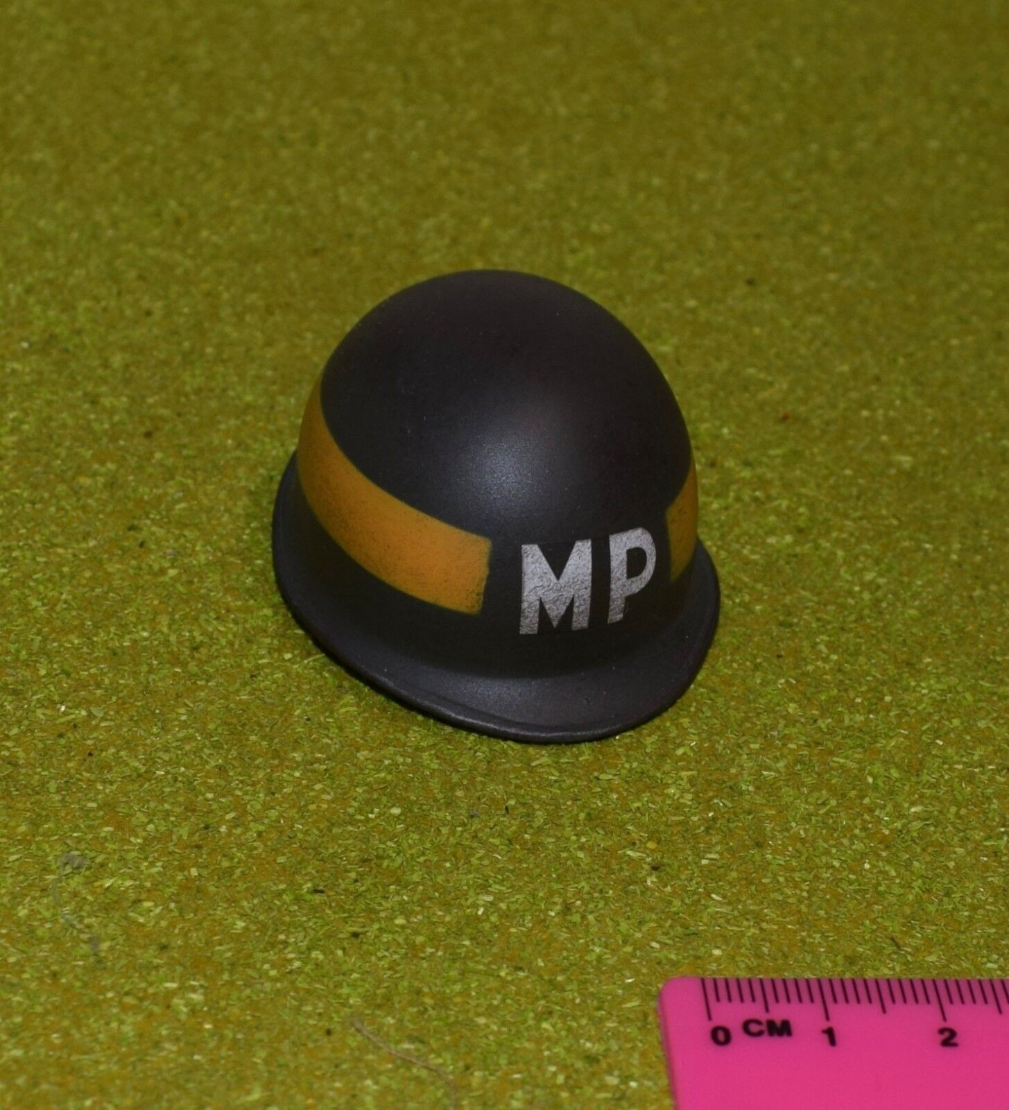 DRAGON IN DREAMS DID 1 6 SCALE WW II US LOOSE MP HELMET METAL FROM BRYAN
