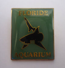 Pin's pin REQUIN SQUALE AQUARIUM FLORIDE ( ref CL18 )