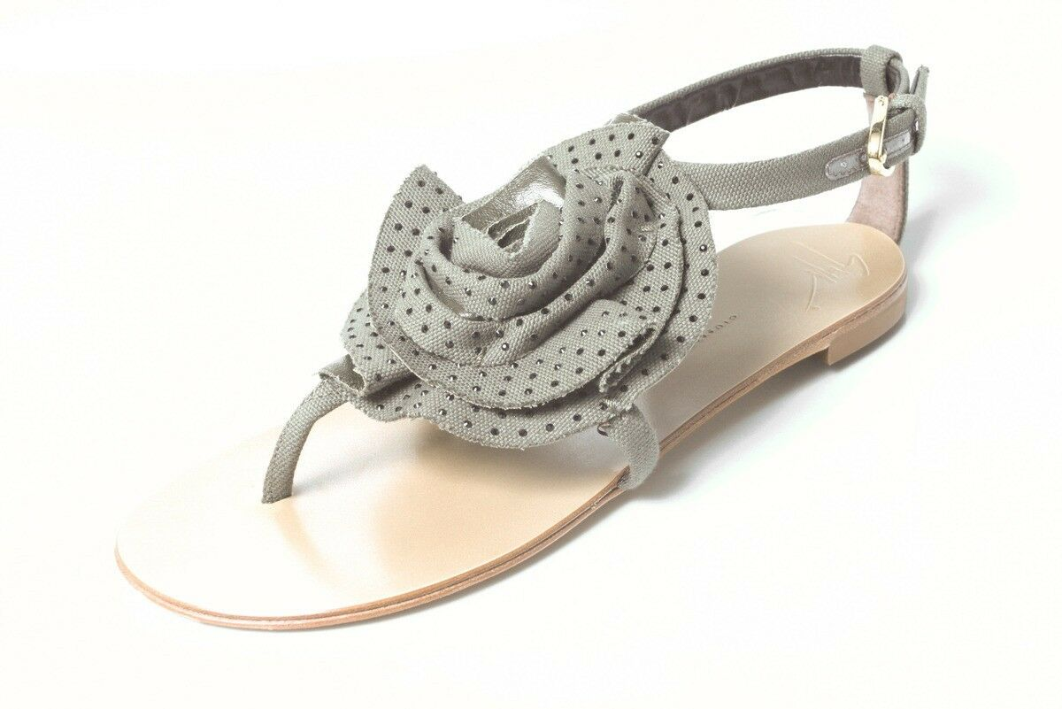 new $595 Giuseppe ZANOTTI Jeweled ROSETTE flat thong sandals shoes - amazing